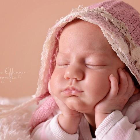 Babyfotos Neugeboren Mädchen